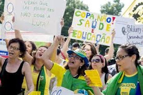 Il lato oscuro dei mondiali di calcio in Brasile