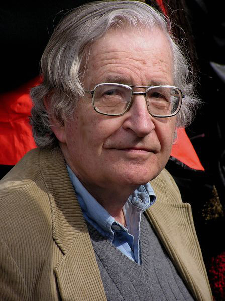 Noam Chomsky ha scritto una lista di strategie della manipolazione; tale lista porta il suo nome.