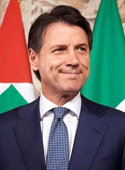 Giuseppe Conte — Di Presidenza del Consiglio dei Ministri - http://www.governo.it/il-presidente, CC BY-SA 3.0, https://commons.wikimedia.org/w/index.php?curid=69801982